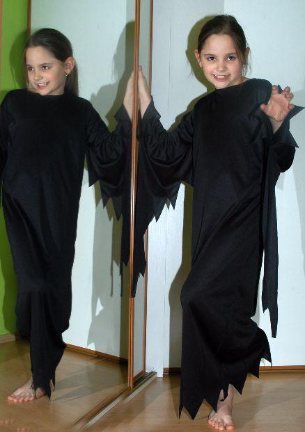 Karnevalové černé šaty čertice, čarodějnice,