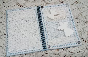 Blok s háčkovanými deskami