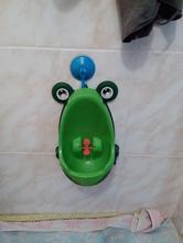 Pisoár - žabka,