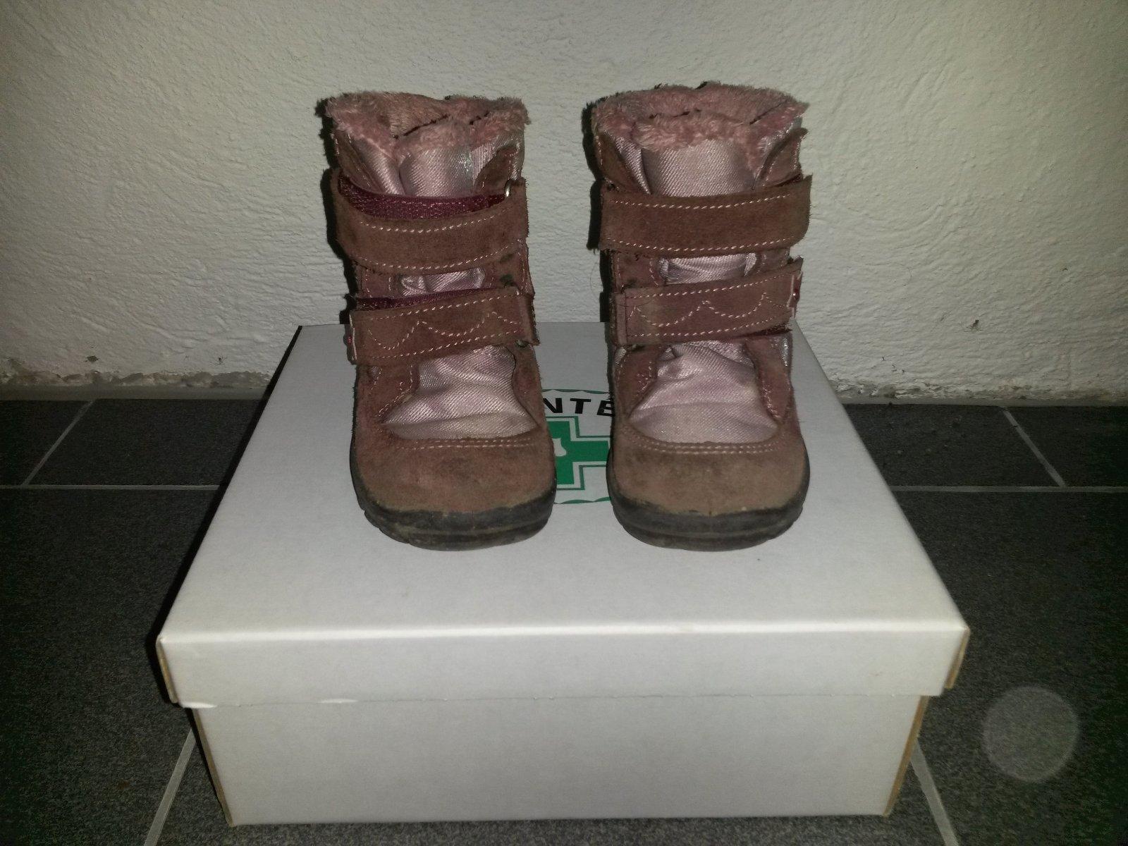 02b8877efab3 Zimní boty s membránou vel. 26