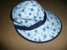 Luxusní klobouček 1- 3 roky klobouk kšilt, 92