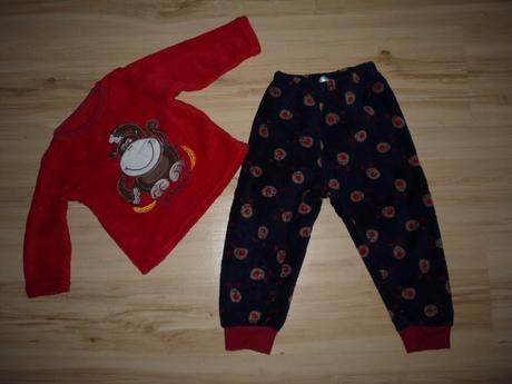 Chlupaté muchlovací pyžamo, early days,92