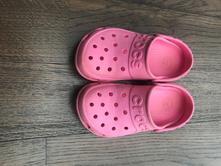 Pantofle, crocs,34