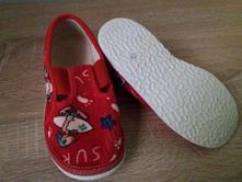 6c4b449e555 Dětské papuče a domácí obuv   Unisex - Strana 8 - Dětský bazar ...
