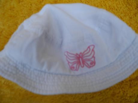 Oboustranný klobouk, 62