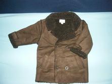 Kabát s beránkem, 86