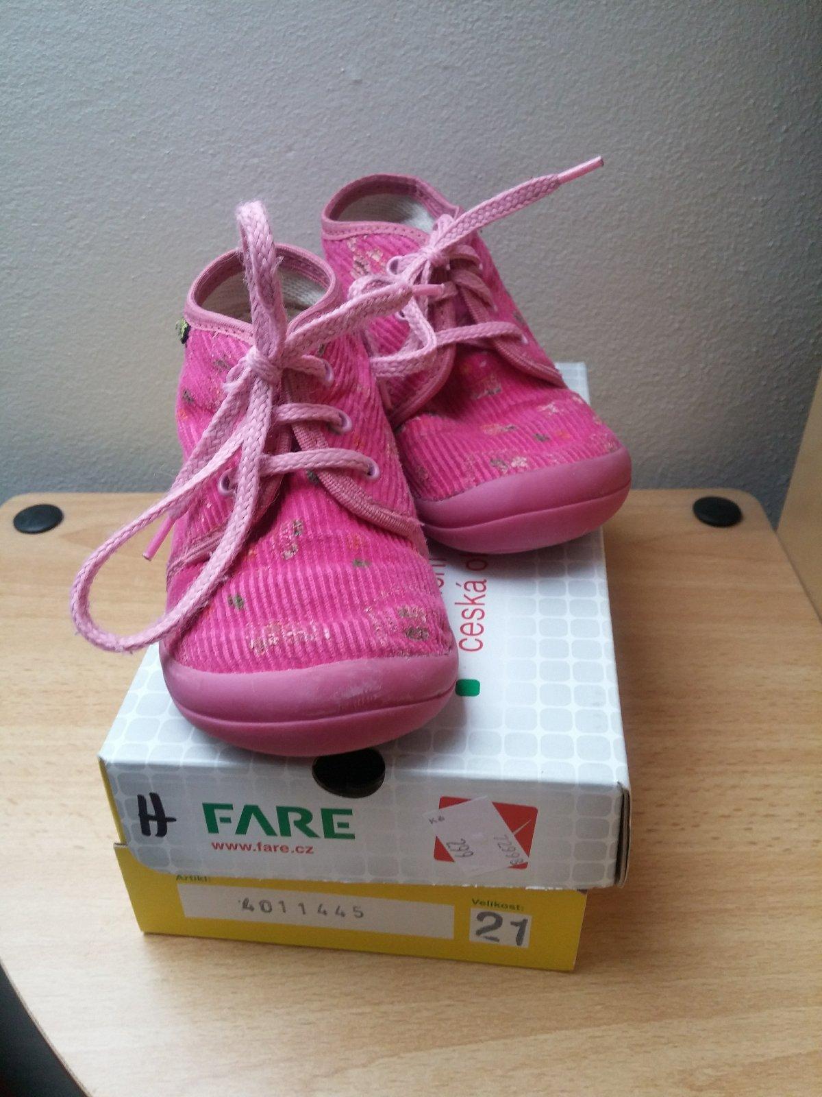 841f7ffddf4 0 inzerátů • 8 hodnocení. Papuče fare