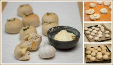 Tymiánové bulky s česnekovým máslem
