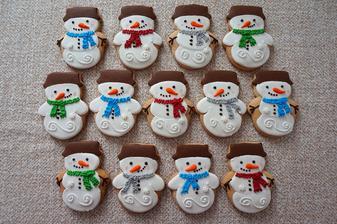 Sněhuláci z perníku