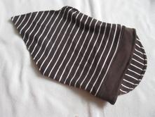 Chlapecký šátek s šiltem, 86