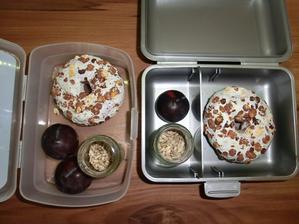 Donutka, blumy, slunečnicová semínka