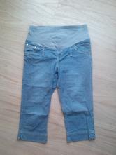 Těhotenské tříčtvrteční kalhoty, 40