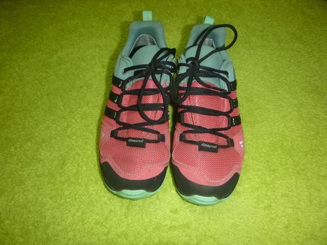 Goretexové outdoorové boty d7dab0186db