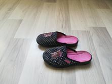 Dívčí pantofle vel. 27 - vn. stélka 17cm, befado,27