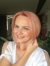 Ja ty růžové vlasy miluji 👍