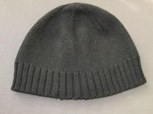 Černá čepice , 86