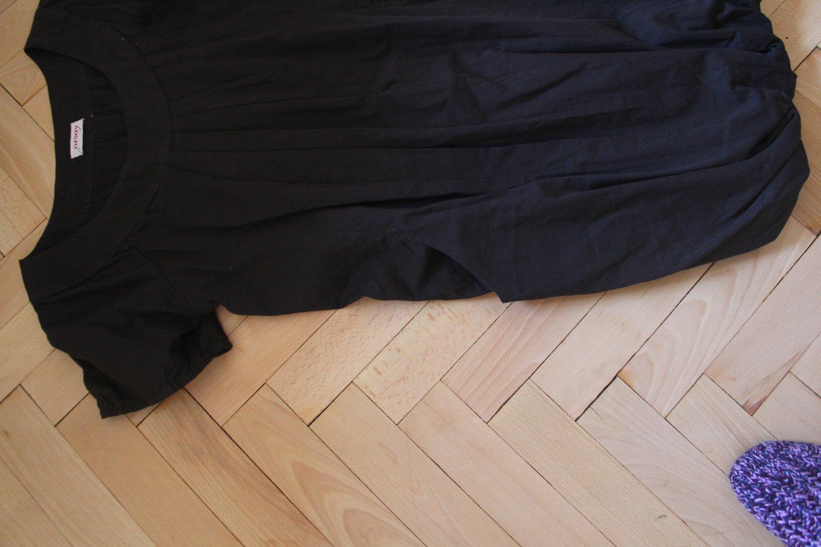 bae1d62aa0a9 28 inzerátů • 6 hodnocení. Černé balonové šaty ...