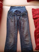 Těhotenské džíny, 38