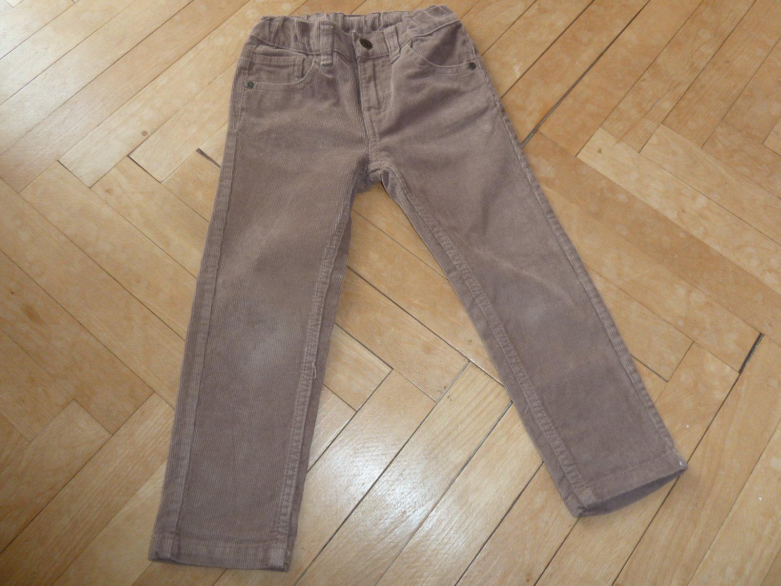 Chlapecké hnědé manšestrové kalhoty vel.98 ad5f2bdd80