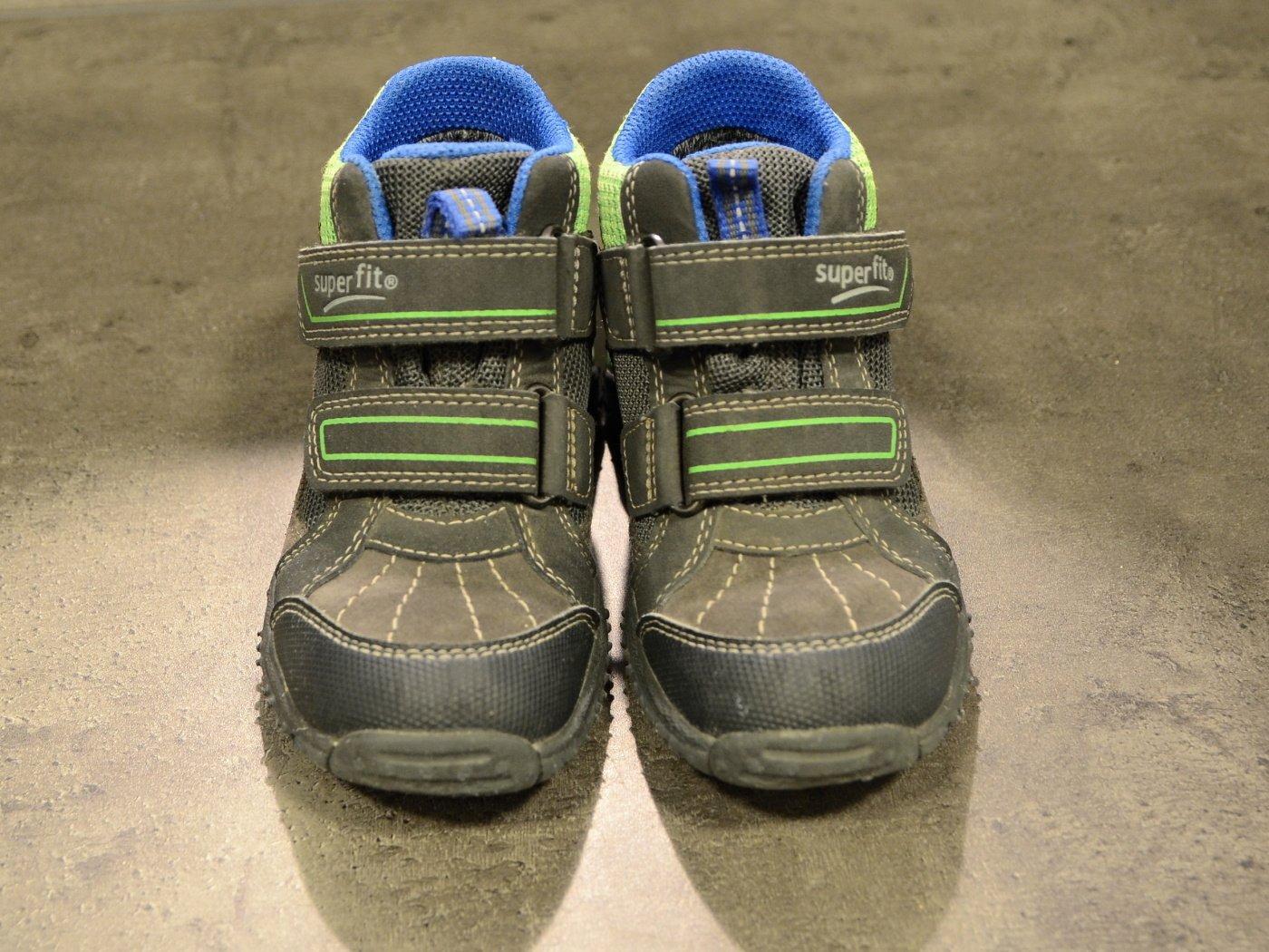 a3bd763b114 Celoroční boty s goretexem