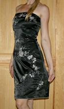 Černé společenské šaty s vyšíváním vel 34 - 36, xs
