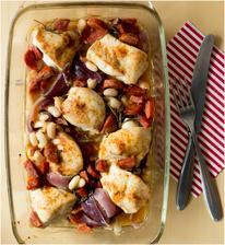 Pečené kuře s fazolemi a chorizem