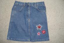 Riflová sukně, outfit,122