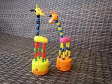 Mačkací figurka žirafy,