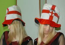 Karnevalový velký měkce vystužený klobouk,