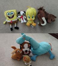 Plyšák spongebob,mamut, ježek,