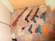 Zbraně,