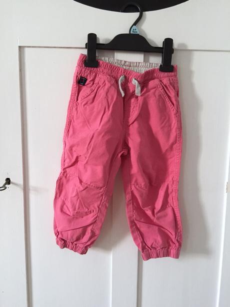 Platene kalhoty, 92
