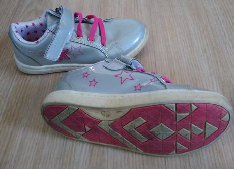 E161 - stříbrné boty s hvězdičkami, 26