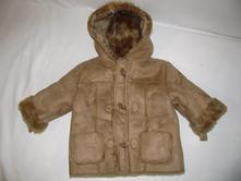 Zimní bunda s kapucí, ladybird,86