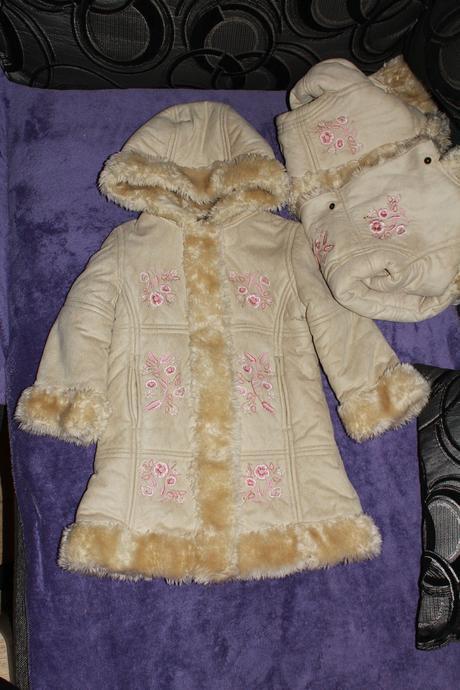 2x zimní kabátek s kožíškem, 98