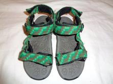 Super zelené sandále, 28