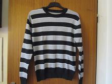 Téměř nový, velmi pěkný, pánský - chlapecký svetr, s