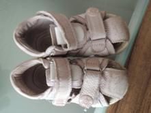 Sandálky, protetika,22