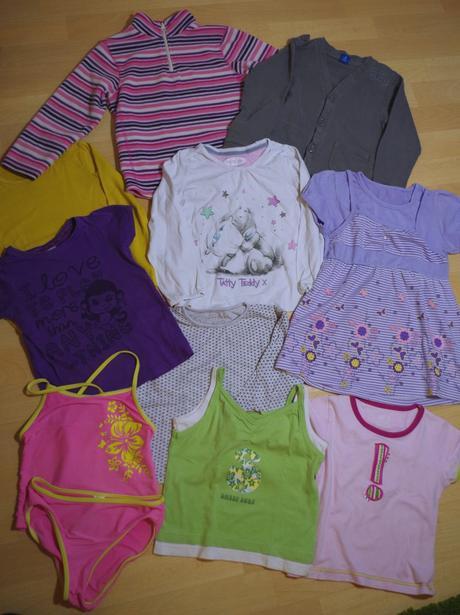 Mix oblečení na holku 110-116 (4-6 let) č.2,
