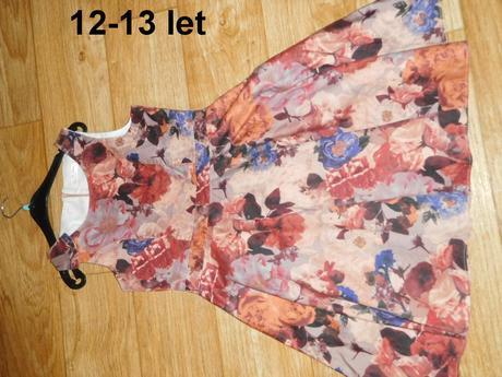 Šaty 12-13 let, 158