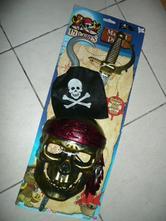 Maska kostým pirát maska šavle hák na ruku  0645f333a0