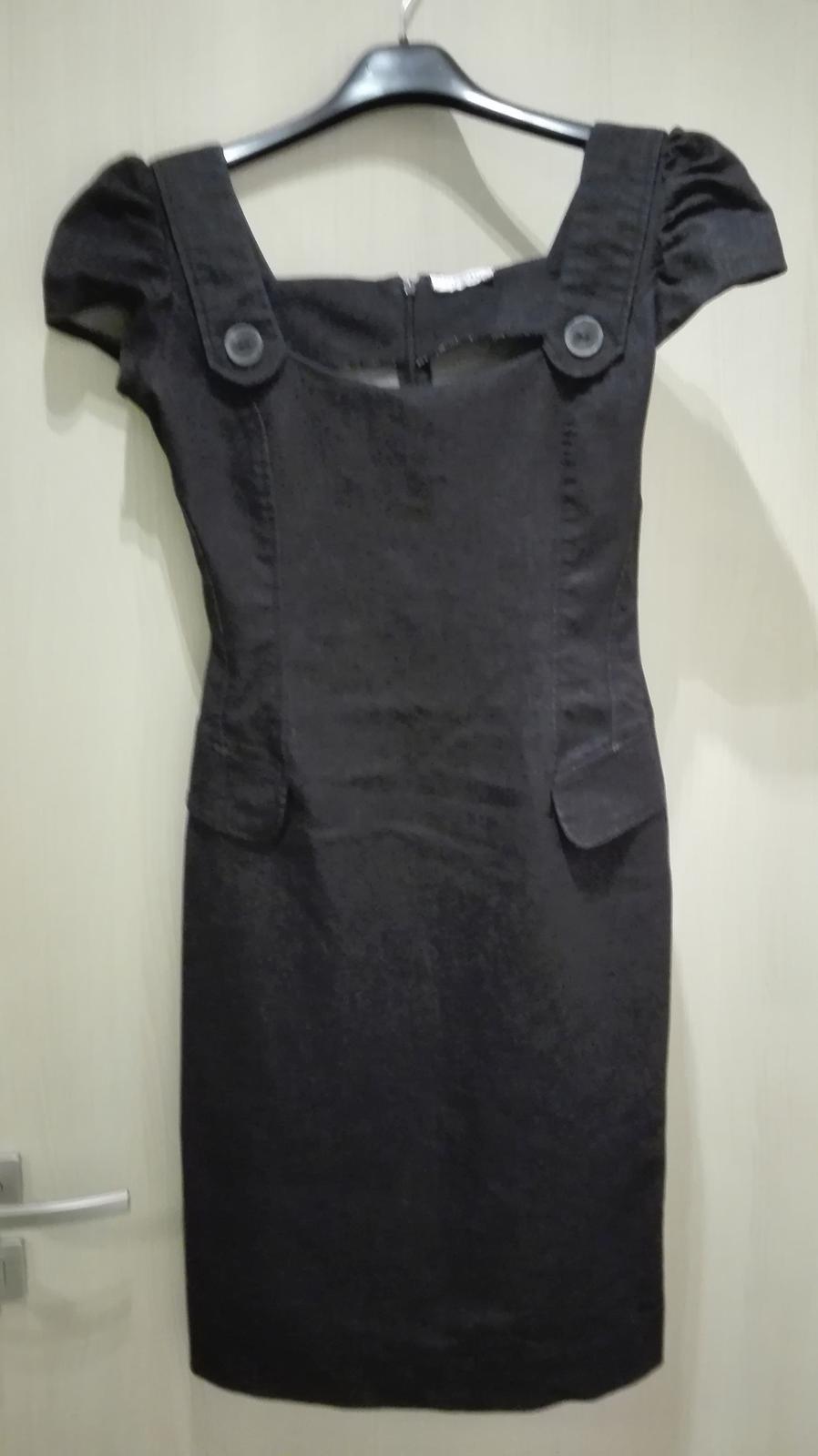 9ae7fdcfb075 Dámské riflové šaty