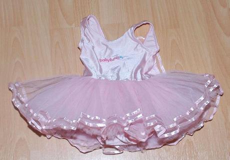Růžový dres s tylovou sukýnkou pro malou vílu,