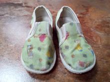 (40) papuče, 23
