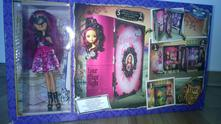Ever after high briar a korunovace,
