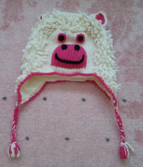 Pletená čepice - nová, 104