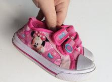 Papuče tenisky minnie mouse č.567, 23