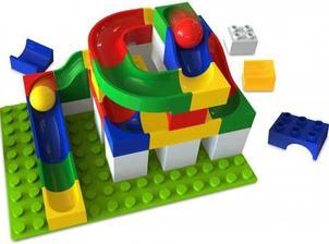 Kuličková dráha pasující na Lego Duplo