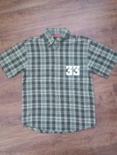 Khaki košile, 152