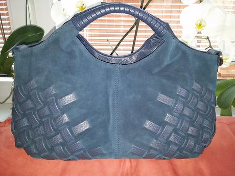 Krásná kožená kabelka,